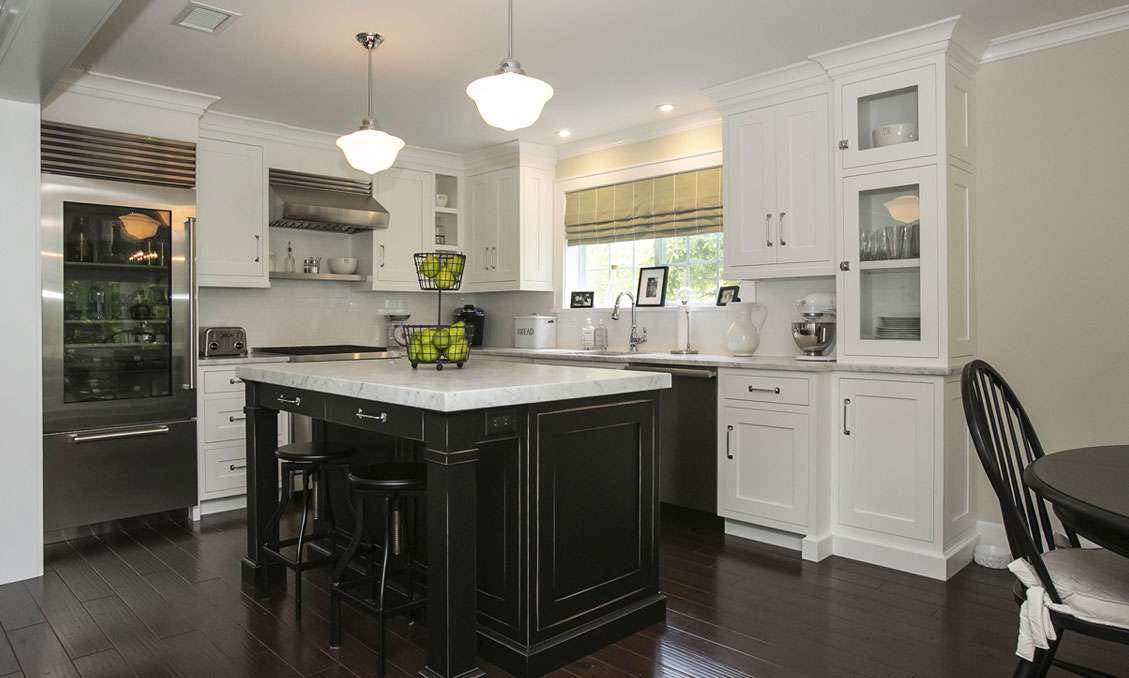 Traditional Style Kitchen Cabinets – Riveredge Drive, Chatham, NJ