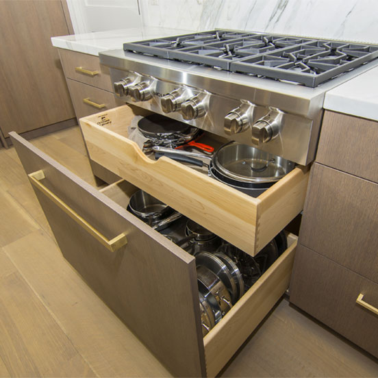 1b-kitchen-pull-out-cabinets-oak-stove