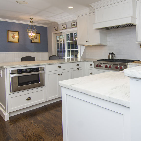 1b-traditional-kitchen-cabinets-alpine-white