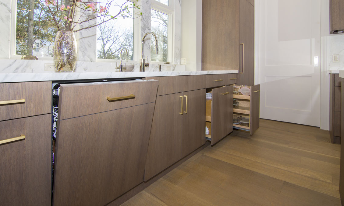 2-kitchen-pull-out-cabinets-modern-oak