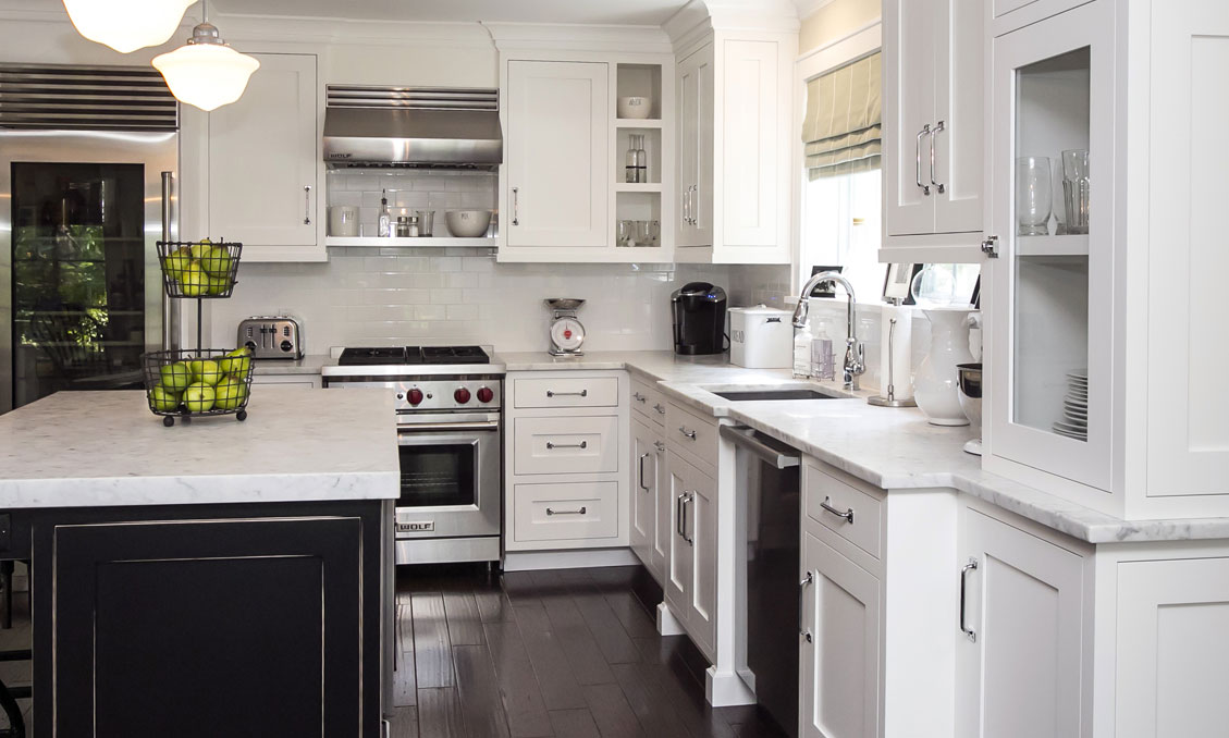 2 Traditional Black Alpine White Kitchen Cabinetry