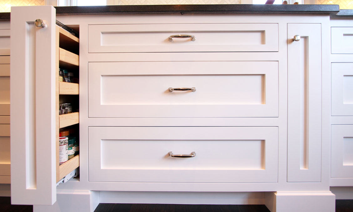 4-kitchen-cabinets-pull-out-white-modern-transitional