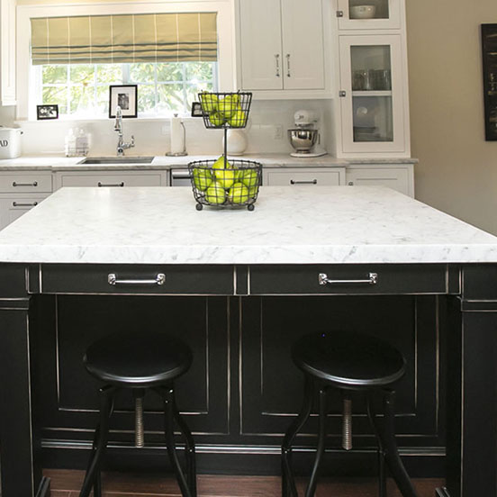 4-traditional-black-white-kitchen-island-cabinet