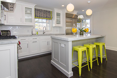 feature-kitchen-cabinets-alpine-white-gray